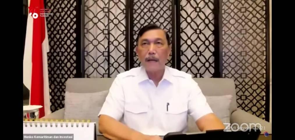 Menko Kemaritiman dan Investasi Luhut Pandjaitan saat menyampaikan siaran pers terkait perpanjangan PPKM Level 4 Jawa-Bali (Foto: Sekretariat Presiden/Tugu Jatim)