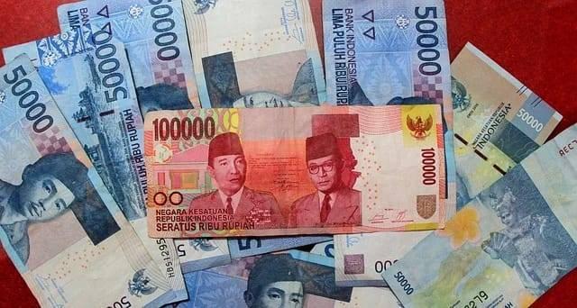 Ilustrasi bantuan sosial uang tunai. (Foto: Pixabay) tugu jatim pemkab bojonegoro, seniman