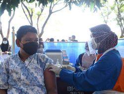 Vaksinasi 1.000 Siswa SMA, Wali Kota Kediri Nilai Bentuk Ikhtiar Bidang Pendidikan