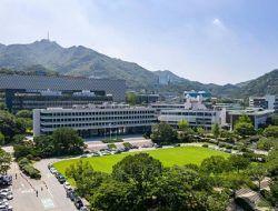 Seoul National University terlihat dari udara/ tugu jatim