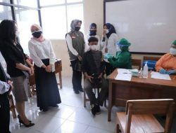 Kebut Sekolah Tatap Muka, Wali Kota Batu Dorong Percepatan Vaksinasi Pelajar