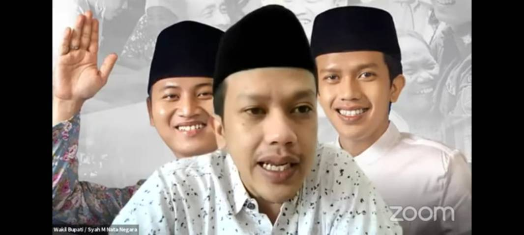 Wabup Trenggalek, Syah Muhammad Natanegara saat memberikan sambutan di acara pelatihan jurnalistik secara virtual yang digelar Tugu Media Group X Paragon, Sabtu (7/8/2021). (Foto: Dokumen/Tugu Malang/Tugu Jatim)