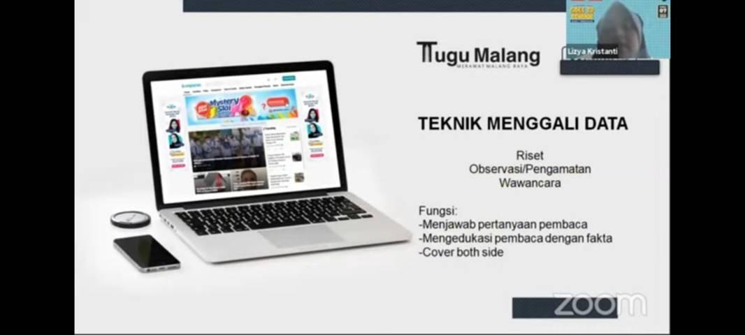 Pelatihan jurnalistik yang digelar Tugu Media Group X Paragon di SMAN 2 Trenggalek via Zoom, Sabtu (7/8/2021). (Foto: Dokumen/Tugu Malang/Tugu Jatim)