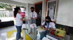 Suasana kantor MBCL di mana para siswa SMA di Malang Raya semangat menjadi relawan penanggulangan pandemi Covid-19. (Foto: Rizal Adhi/Tugu Malang/Tugu Jatim)