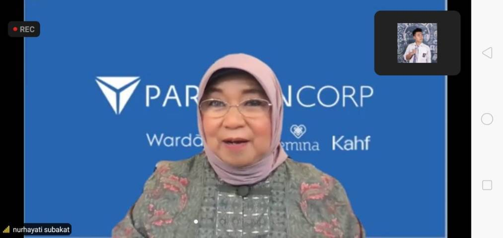 Founder PT Paragon Technology and Innovation, Nurhayati Subakat saat mengisi sesi Fellowship Jurnalisme Pendidikan secara virtual, Selasa (10/8/2021). (Foto: Dokumen/Tugu Malang/Tugu Jatim)
