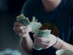 Banyak Pemuda Tak Punya Pekerjaan Tapi Punya Banyak Uang