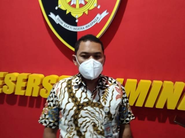 Kasatreskrim Polresta Malang Kota, Kompol Tinton Yudho Riambodo mengaku bingung terkait kasus fetish mukena yang ia tengani. (Foto: Rizal Adhi/Tugu Malang/Tugu Jatim) fetihs mukena