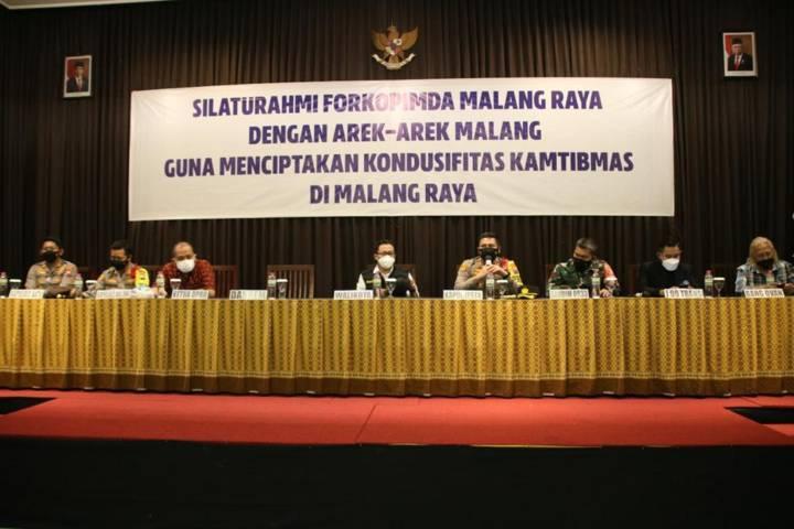 Agenda dialog antara Aremania bersama Forkopimda Malang Raya membahas terkait kesiapan HUT Arema ke-34. (Foto: Rizal Adhi/Tugu Malang/Tugu Jatim)