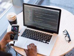 Mahasiswa Tak Punya Uang, Coba 5 Rekomendasi Situs Freelance Ini