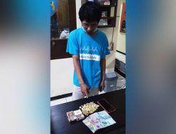 Tambah Penghasilan, Tukang Cukur di Malang Nyambi Jual Pil Koplo