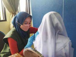 Ratusan Pelajar SMP di Kota Batu Giliran Divaksinasi untuk Dosis Pertama