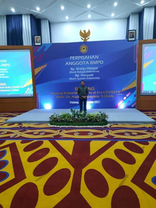 Kepala Perwakilan BI Sumbar Wahyu Purnama Armyntos saat memberikan sambutan dalam acara yang diselenggarakan BMPD di Padang, Sumbar, Selasa sore (07/09/2021).(Foto: Dokumen/Tugu Jatim)