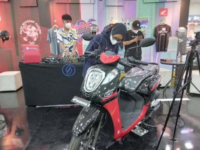 Honda Custom Playground menjadi ajang anak muda untuk menampilkan kreasinya di Matos Kota Malang. (Foto: Dokumen/Tugu Jatim)