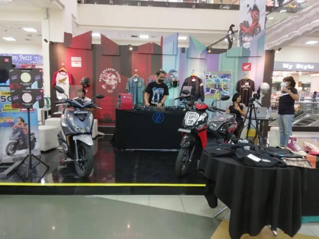 Honda Custom Playground menggelar acara di Matos Kota Malang dengan memberikan banyak hadiah dan promo. (Foto: Dokumen/Tugu Jatim)
