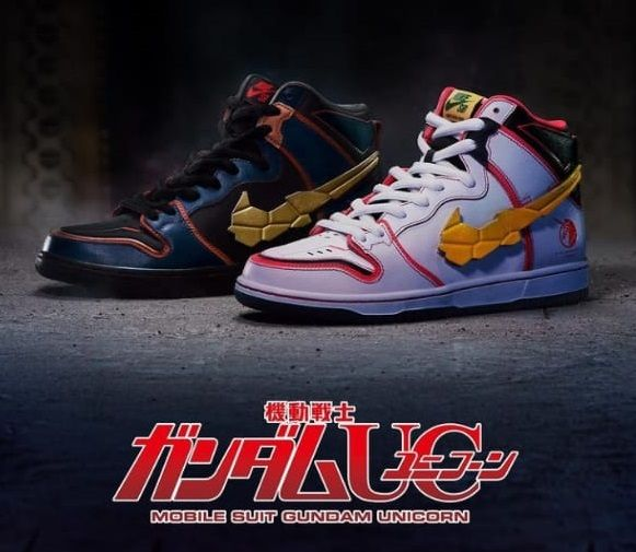 """Sepatu Gundam x Nike SB Dunk High """"Project Unicorn White"""" dan """"Gundam Banshee"""" produk baru Nike yang rilis pada Jumat (24/9/2021)/tugu jatim"""