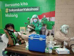 2.200 Driver Ojol dan Pelaku UMKM di Malang Ikuti Vaksinasi Covid-19