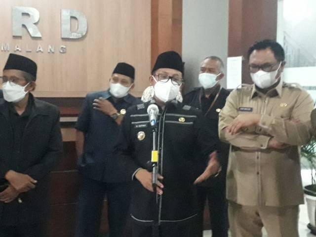 Wali Kota Malang saat memaparkan rencana swab antigen kepada siswa di Kota Malang untuk mengantisipasi adanya klaster sekolah. (Foto: M Sholeh/Tugu Malang/Tugu Jatim)