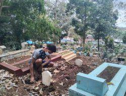 Cerita Tukang Gali Kubur Pemakaman Covid-19 di Malang: Tak Dapat Insentif Sejak Januari 2021