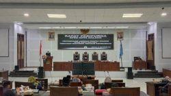Amithya Ratnanggani, Ketua Pansus Ranperda Kepemudaan DPRD Kota Malang saat memaparkan laporannya. (Foto: M Sholeh/Tugu Malang/Tugu Jatim)