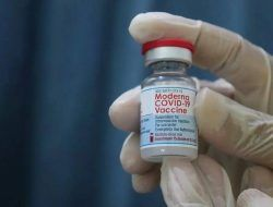 Vaksinasi Dosis 3 untuk Nakes di Bojonegoro Capai 70,4 Persen