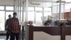Wali Kota Kediri Abdullah Abu Bakar mengumumkan seleksi terbuka calon Direktur Badan Layanan Umum Daerah (BLUD) – RSUD Gambiran Kota Kediri, (Foto: Pemkot Kediri) tugu jatim