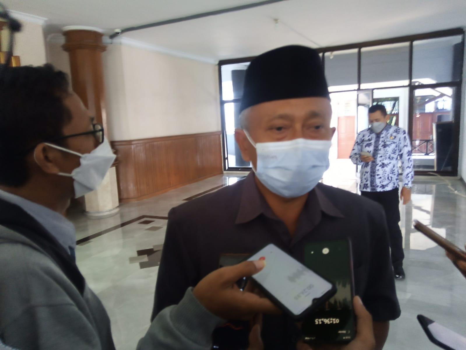 Ketua DPRD Kabupaten Tuban H.M. Miyadi saat ditemui usai memimpin Rapat Paripurna di Gedung DPRD Tuban, Kamis (14/10/2021). (Foto: Mochamad Abdurrochim/Tugu Jatim)