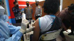 Penyaluran vaksin Covid-19 bagi masyarakat di Kota Malang. (Foto: Rubianto/Tugu Malang/Tugu Jatim)