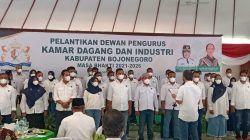 Pelantikan 70 Dewan Pengurus Kamar Dagang dan Industri Kabupaten Bojonegoro masa bakti 2021-2026 di Pendapa Malowopati, Rabu (28/10/2021). (Foto: Mila Arinda/Tugu Jatim)