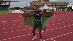 Tengku Tegar Abadi meluapkan kegembiraan setelah sukses meraih emas cabor atletik lompat galah dengan lompatan 5,15 meter di PON XX Papua 2021. (Foto: Humas KONI Tuban/Tugu Jatim)
