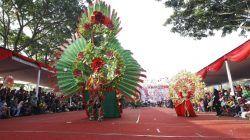 Malang Flower Carnival (MFC) yang diselenggarakan di Jalan Ijen, Kota Malang, sebelum pandemi Covid 19. (Foto: Bayu Eka/Tugu Malang/Tugu Jatim)