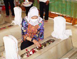 Dewanti Rumpoko Ziarah ke Makam Leluhur untuk Peringati HUT Kota Batu