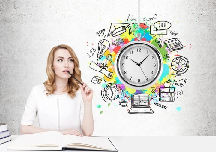 Ilustrasi pembelajaran daring dengan perbedaan zona waktu/tugu jatim
