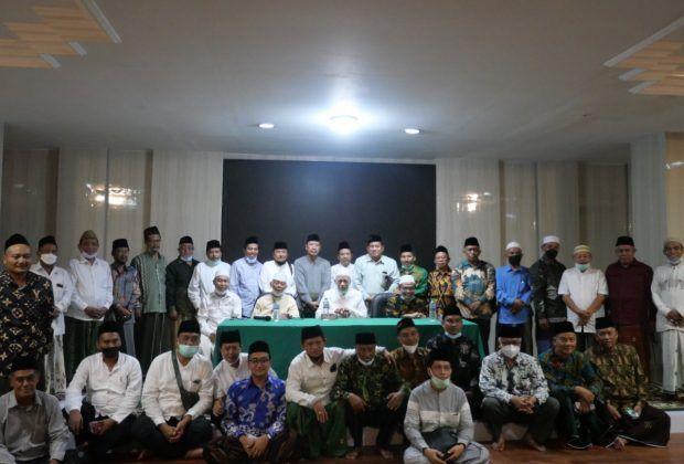 Sebanyak 41 Pengurus Cabang dan Pengurus Wilayah NU Jatim bakal mengusulkan Kiai Miftachul Akhyar dan Gus Yahya sebagai Pimpinan PBNU dalam Muktamar NU ke-34 di Lampung, pada 23-25 Desember 2021. (Foto: Dokumen/Tugu Jatim)