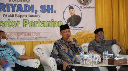 Wakil Bupati Tuban, H. Riyadi memberikan motivasi kepada siswa SMK 1 Singgahan, Kabupaten Tuban pada 9 September 2021 lalu. (Diskominfo Tuban) tugu jatim atlet, pemkab tubam, pon xx papua 2021 pemkab tuban