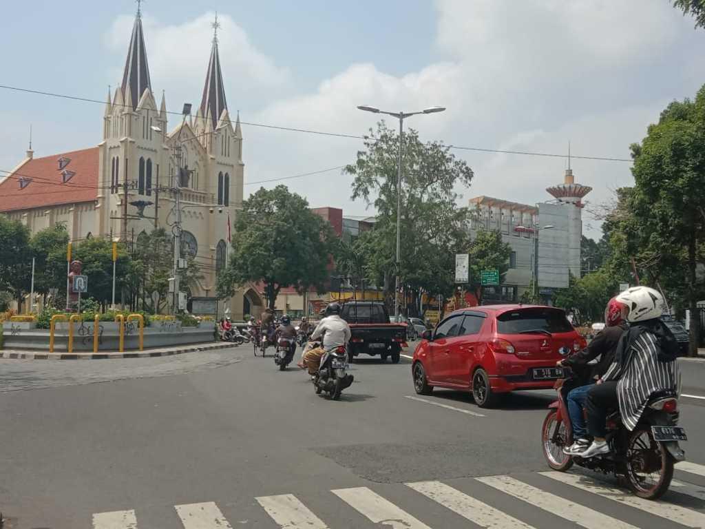 Ilustrasi jalur lalu lintas di Kota Malang. (Foto: M. Sholeh/Tugu Malang/Tugu Jatim)