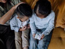 5 Tips Mengatasi Kecanduan Gadget pada Anak