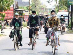 Awali Rangkaian Hari Santri, Wali Kota Kediri Gowes Bareng Pengurus PCNU