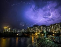 Waspada! BMKG Prediksi Kota Batu Alami Hujan Lebat disertai Petir selama 3 Hari