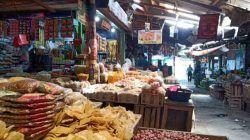 Salah satu toko di Pasar Kota Bojonegoro yang menjual sembako. (Foto : Mila Arinda/Tugu Jatim) harga sembako