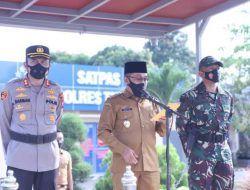 Wakil Bupati Tuban, H Riyadi saat memimpin Apel Kesiapsiagaan Bencana di Mapolres Tuban, Senin (25/10/2021). (Foto: Dokumen) tugu jatim pemkab tuban